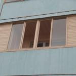 Как обновить балкон своими руками