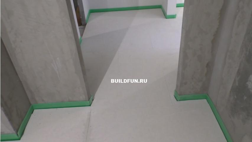 Черновой пол подготовленный к настилу ковролина