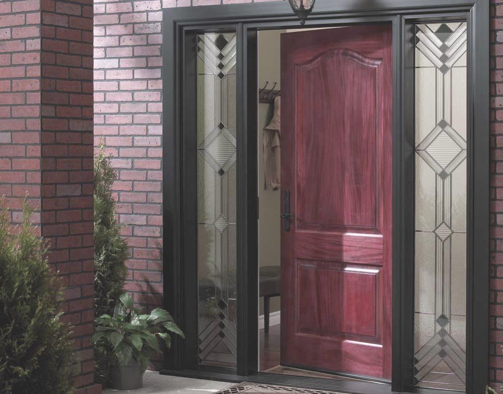 Установить подобную дверь своими руками без опыта невозможно
