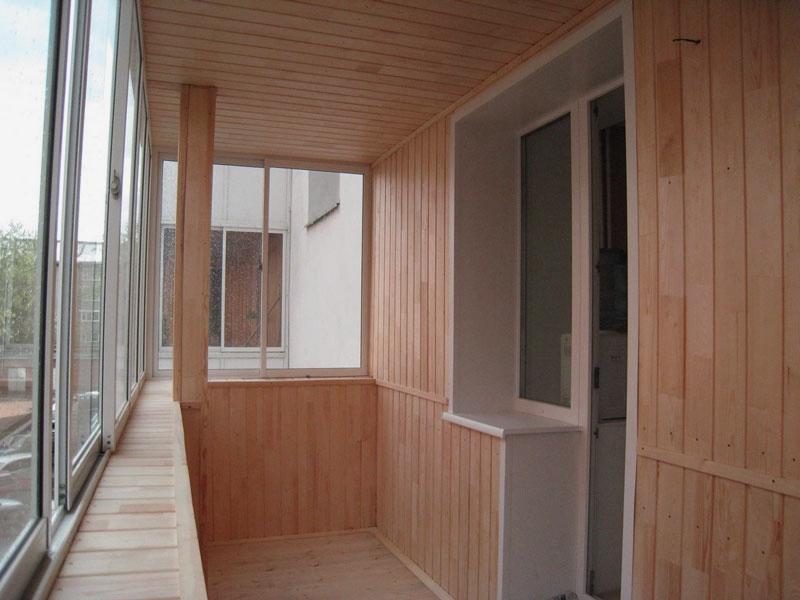 Общий вид предыдущего балкона