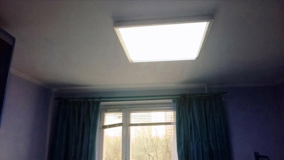 Классический заштукатуренный потолок даже за пару лет может прийти в негодность