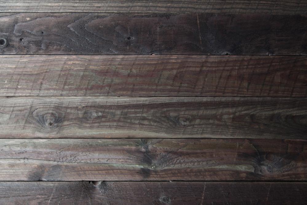 Ремонт изношенных стен в деревянном доме своими руками необходим если промерзает какой-либо угол дома