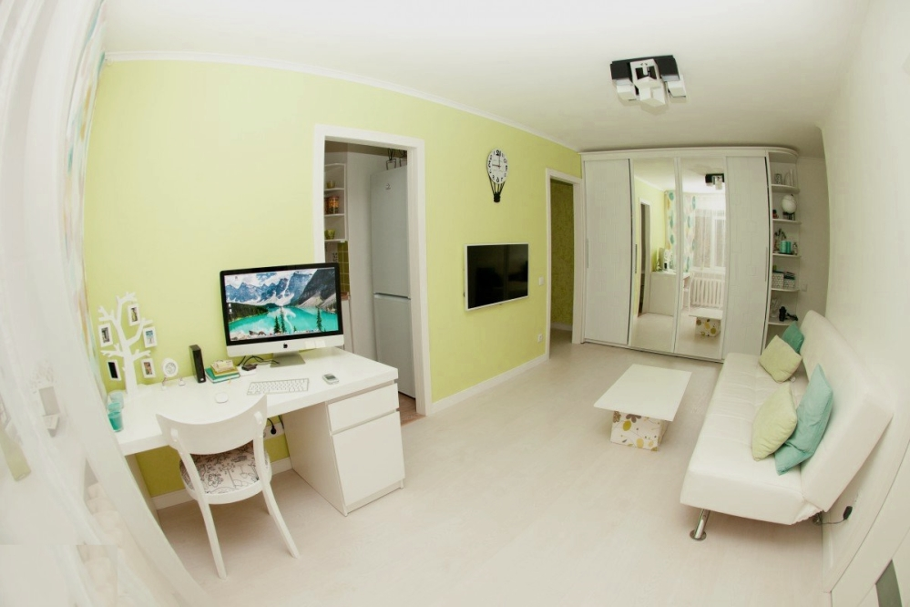 Пример лимонной гостиной