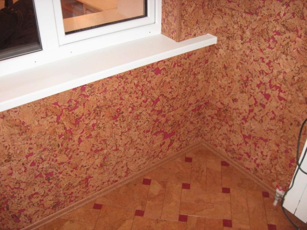 Пробка пользуется огромной популярностью при облицовке стен не только в частных домах, но и в квартирах