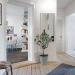 Белые стены в деревянном доме