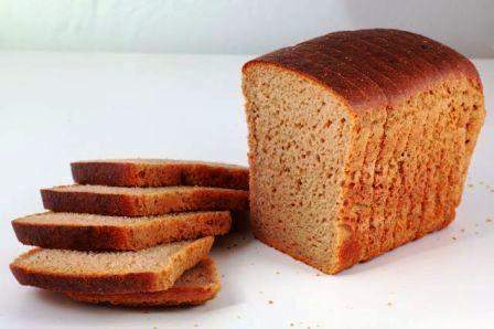 Черный хлеб борется с запахом плесени