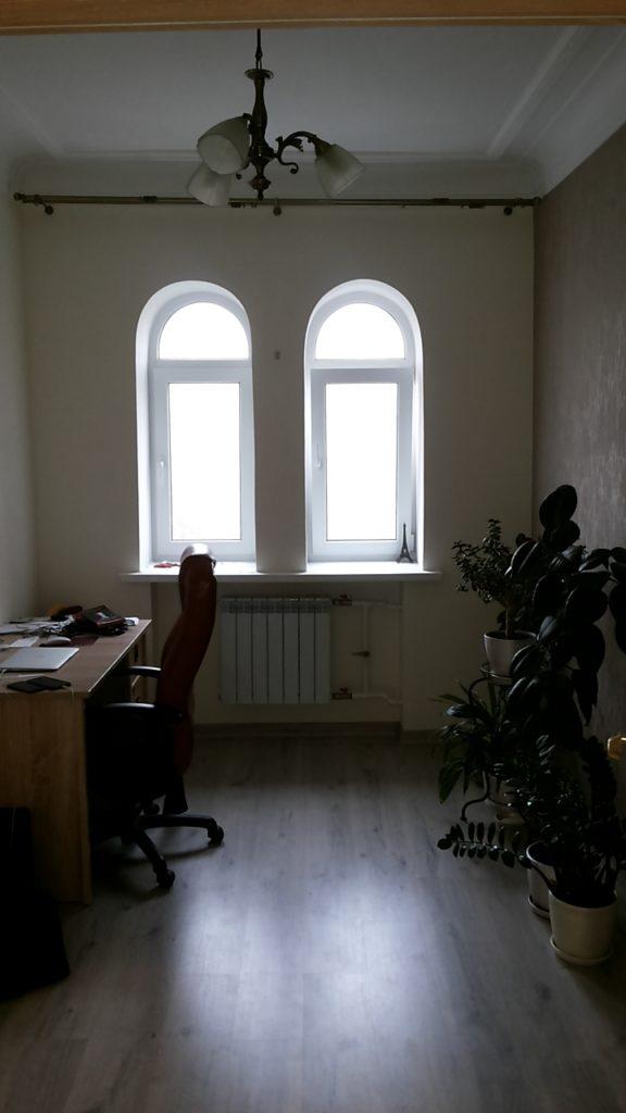 Большая комната после ремонта