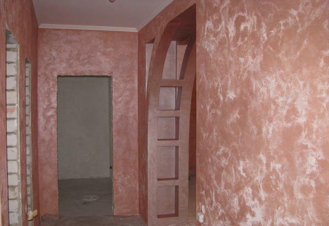 Обои в коридор под светлые двери фото