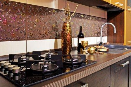 красивая стена на кухне